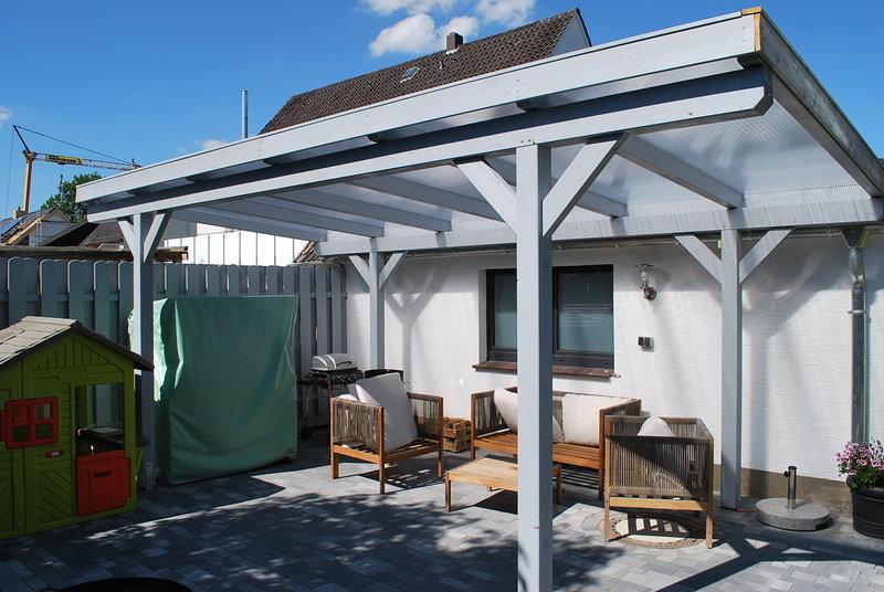 Terrassendach mit Steg-Doppel-Platten