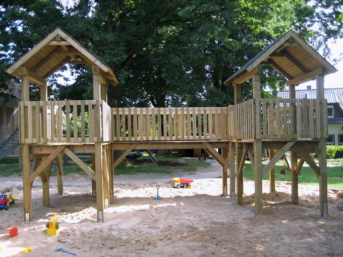 Spielturm nach Kundenmaßen gebaut