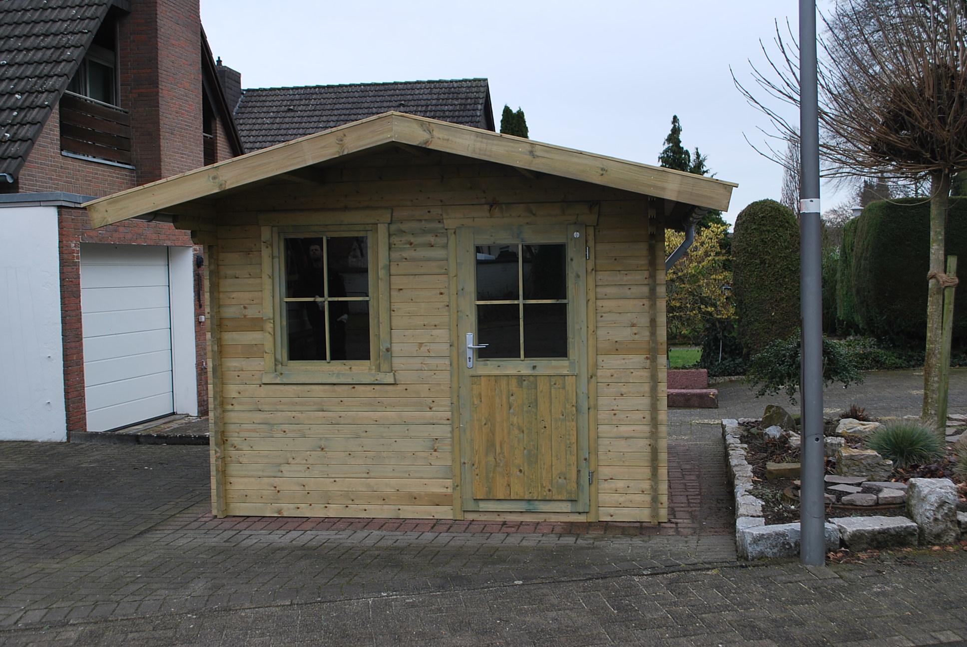 Gartenhaus aus 40 x 96 mm Bohlen